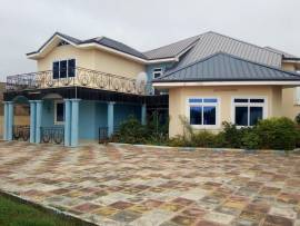 Executive 7 bedroom House for Sale at an affordable price