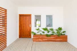 Luxurious 3 Bedroom Townhouse for rental at only $2,000